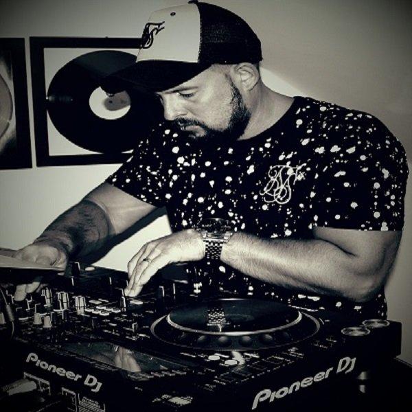 Late Nite 'DUB' Addict Tracks & Releases on Traxsource