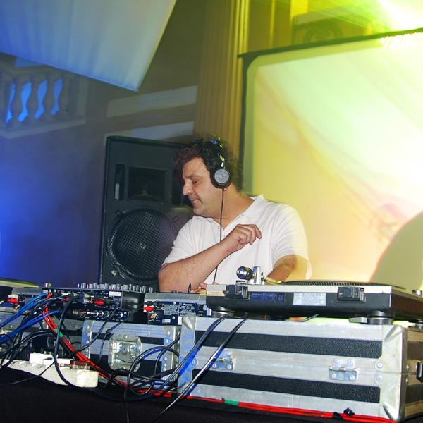 DJ Christos - DJ CHRISTOS AUGUST CHART on Traxsource